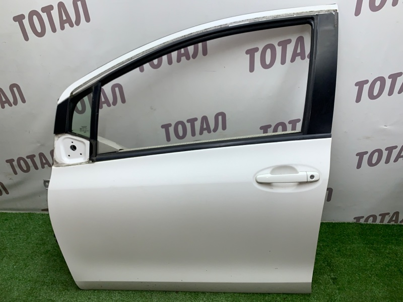 Дверь Toyota Vitz NCP95 2NZFE 2006 передняя левая (б/у)