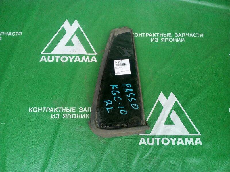 Форточка двери Toyota Passo KGC10 задняя левая (б/у)