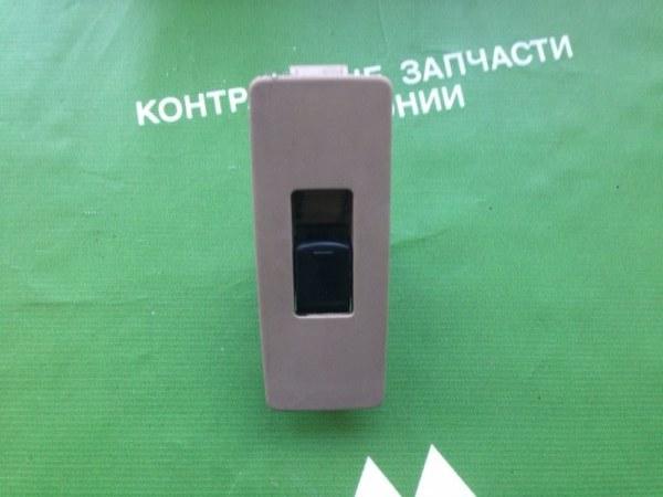 Кнопка стеклоподъемника Nissan Teana J31 VQ23 задняя правая (б/у)