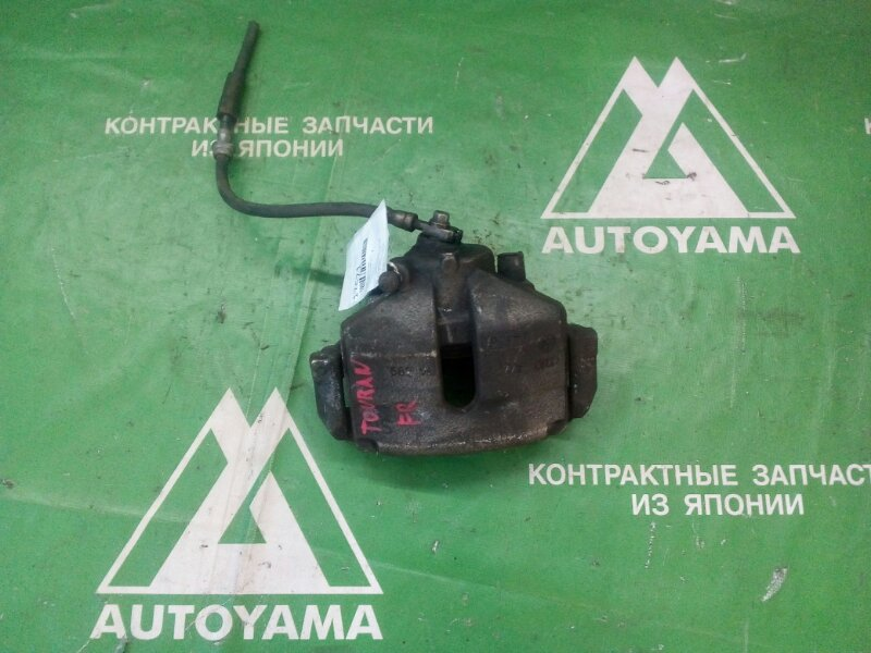 Суппорт Volkswagen Touran 1T3 передний правый (б/у)