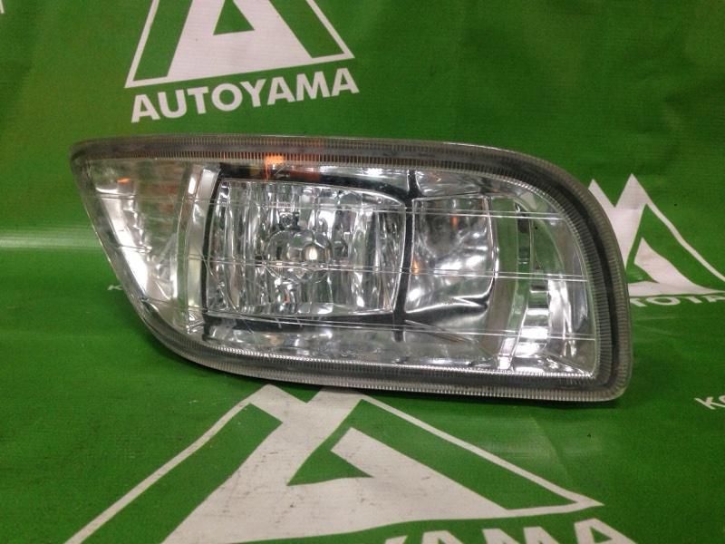 Туманка Toyota Mark Ii Qualis SXV20 правая (б/у)