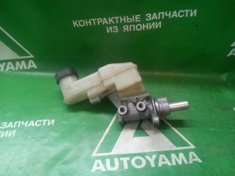 Главный тормозной цилиндр Toyota Belta SCP92 (б/у)