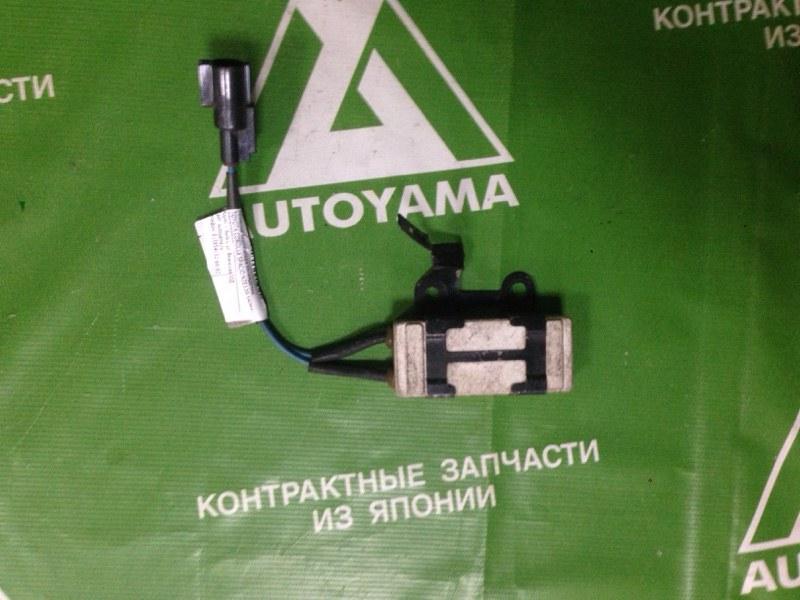 Резистор вентилятора охлаждения Toyota Corolla Spacio NZE120 1NZFE (б/у)