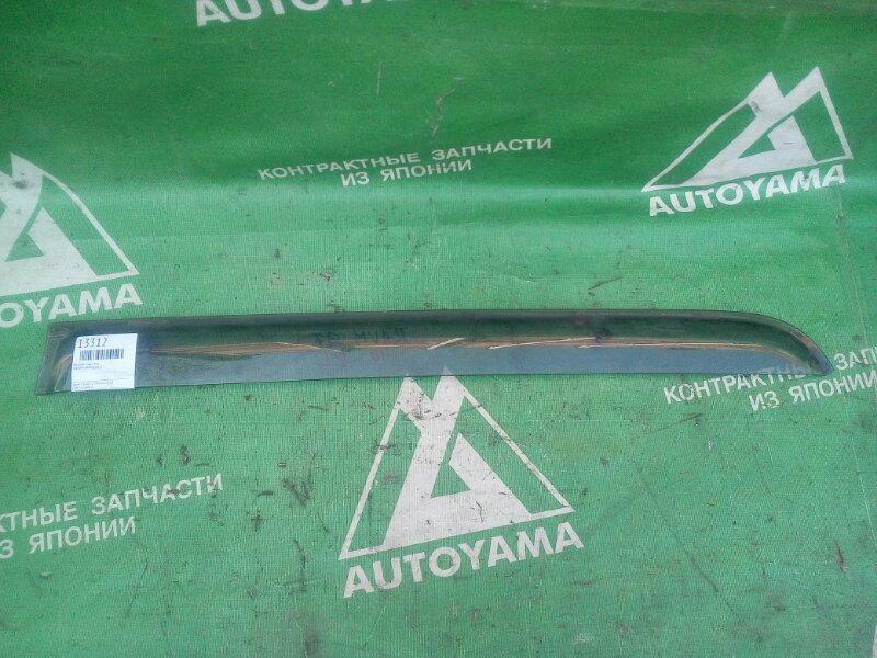 Ветровик Toyota Raum EXZ15 задний левый (б/у)