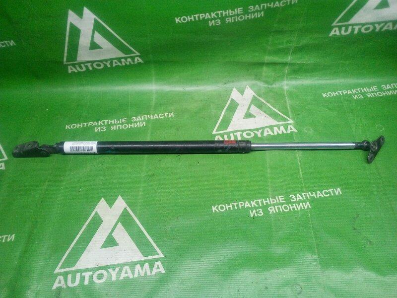 Амортизатор багажника Toyota Corolla Wagon AE100 задний правый (б/у)