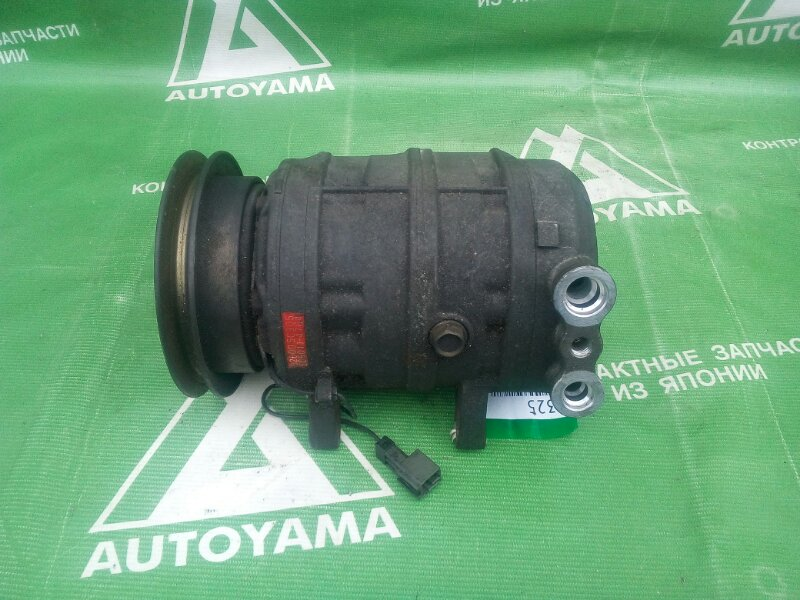 Компрессор кондиционера Nissan Largo VNW30 CD20T (б/у)