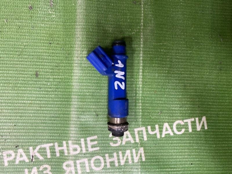 Форсунка Toyota Ractis NCP100 1NZFE (б/у)