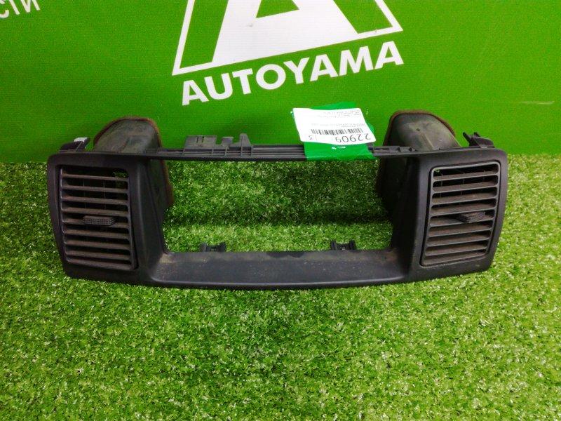 Рамка монитора Toyota Allex NZE121 1NZFE 2001 (б/у)