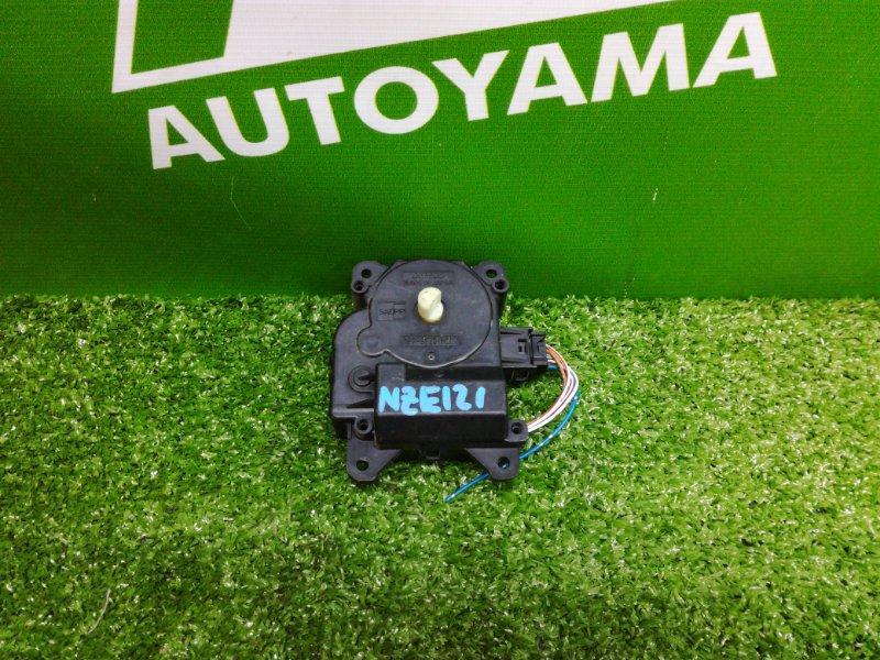Сервопривод заслонки печки Toyota Allex NZE121 1NZFE 2001 (б/у)