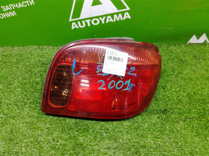 Фонарь Toyota Vitz SCP10 задний правый (б/у)