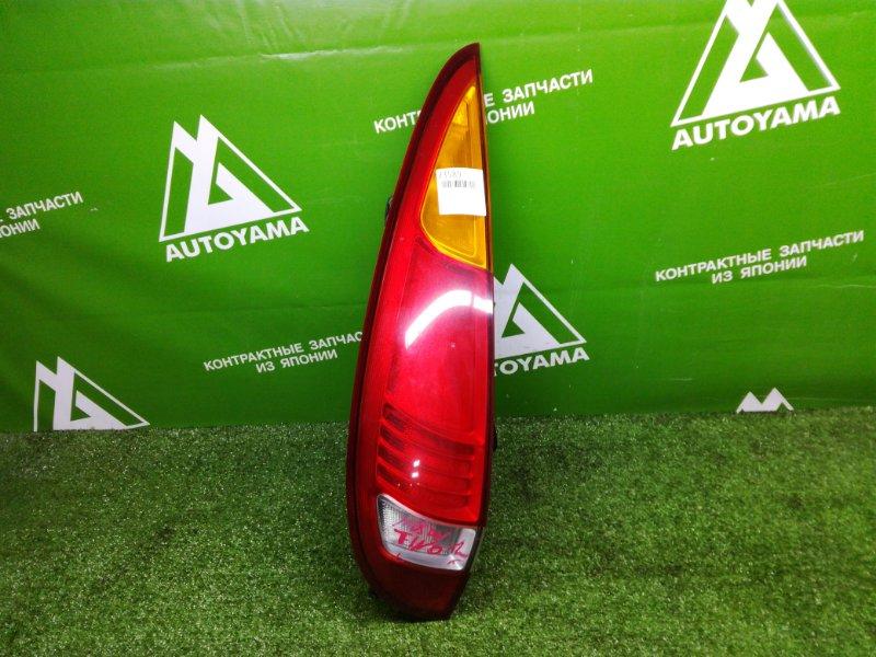 Фонарь Nissan Tino HV10 задний левый (б/у)