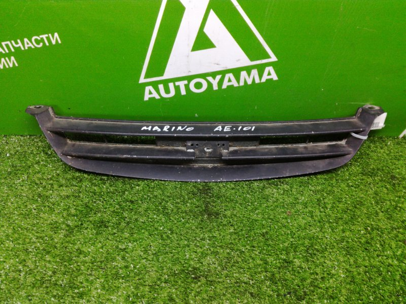 Решетка радиатора Toyota Sprinter Marino AE101 (б/у)