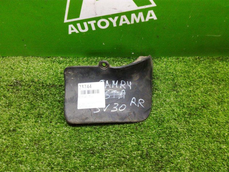 Брызговик Toyota Camry SV30 3SFE задний правый (б/у)