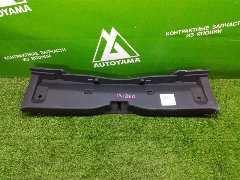 Накладка замка багажника Toyota Auris NZE151 (б/у)