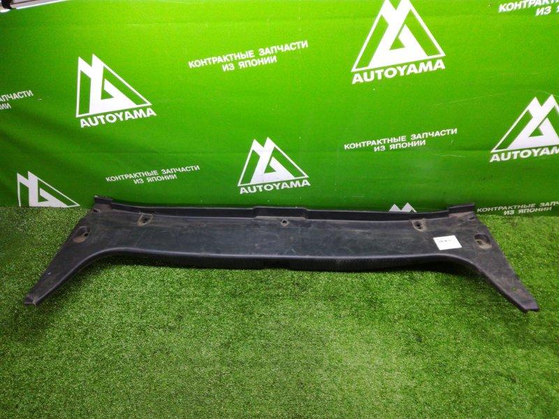 Накладка замка багажника Toyota Windom MCV30 (б/у)