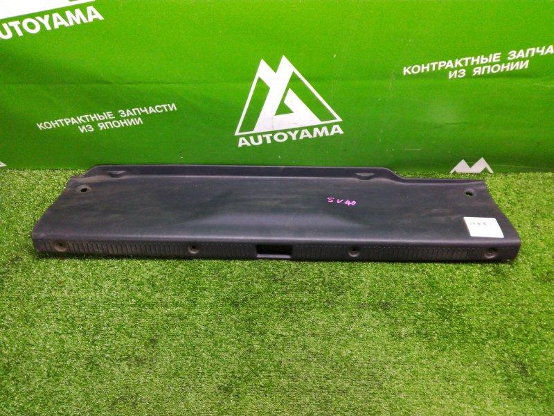 Накладка замка багажника Toyota Camry SV40 3SFE (б/у)