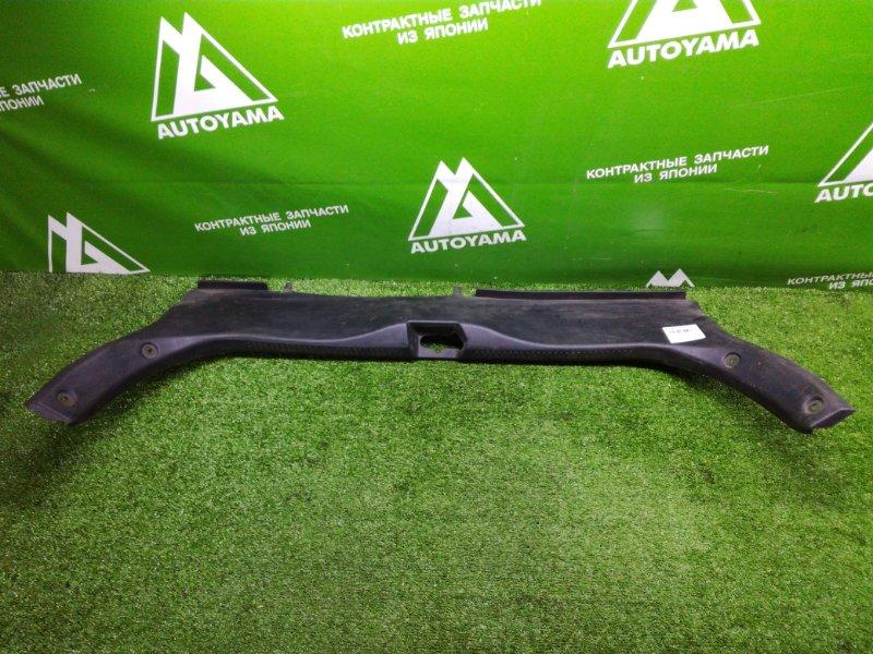 Накладка замка багажника Mazda Familia BJ5P FPDE (б/у)