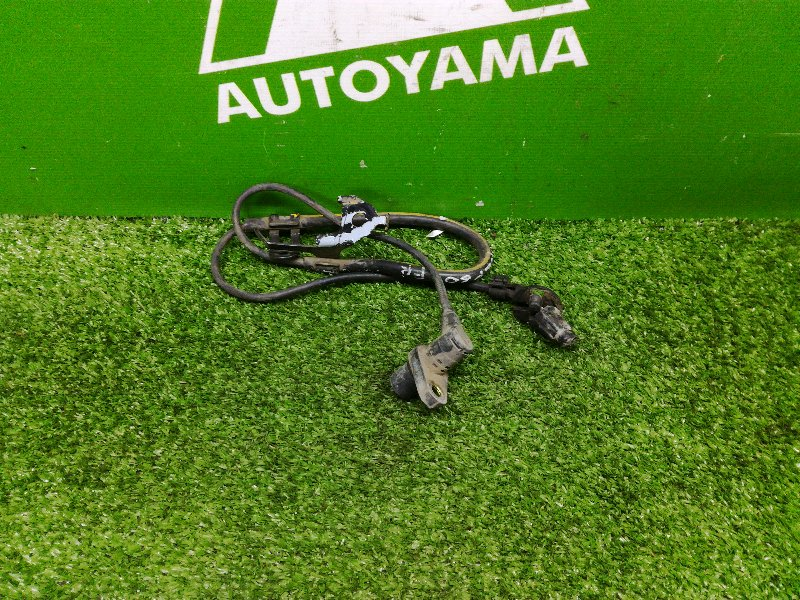 Датчик abs Toyota Ist NCP60 1NZFE передний правый (б/у)
