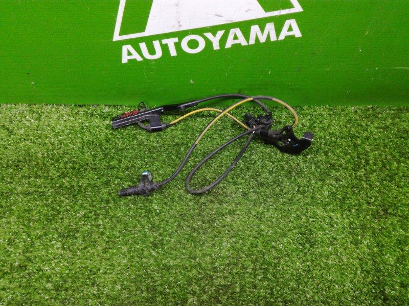 Датчик abs Toyota Auris NZE151 передний правый (б/у)