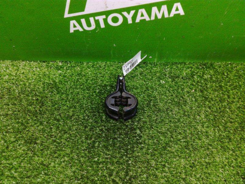 Крепление радиатора Toyota Mark Ii GX110 1GFE (б/у)