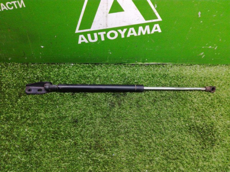 Амортизатор багажника Toyota Auris NZE151 1NZFE 2011 правый (б/у)