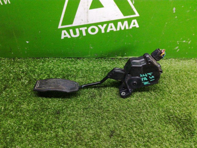 Педаль газа Toyota Auris NZE151 1NZFE 2011 (б/у)