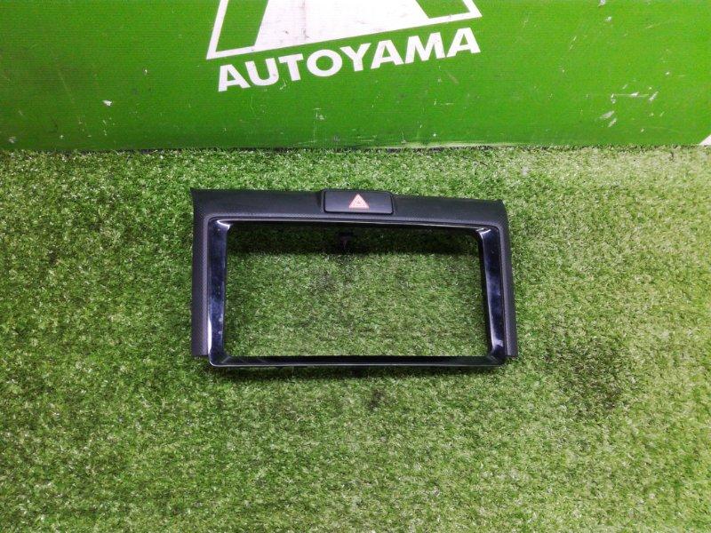 Рамка монитора Toyota Corolla Axio NZE161 1NZFE 2014 (б/у)