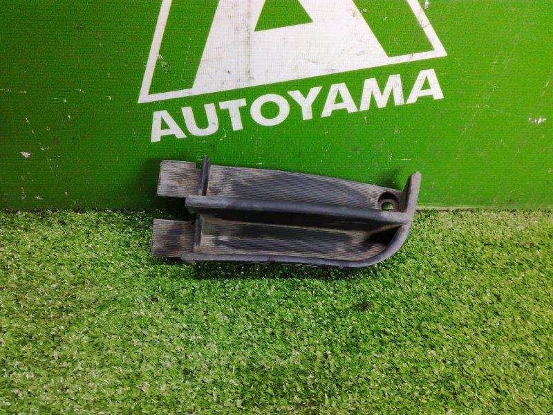 Заглушка бампера Toyota Caldina ST190 3SFE левая (б/у)