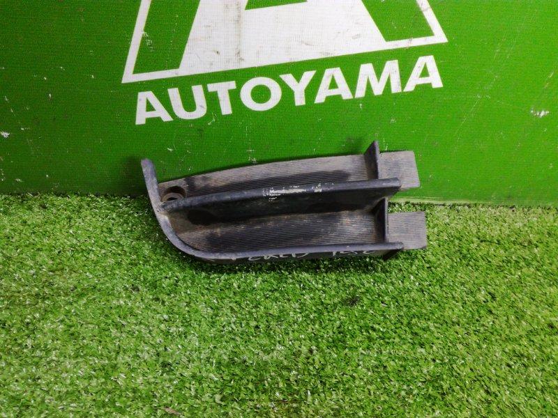 Заглушка бампера Toyota Caldina ST190 3SFE правая (б/у)
