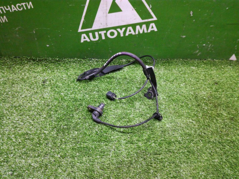 Датчик abs Toyota Camry AVV50 2ARFXE 2012 передний левый (б/у)