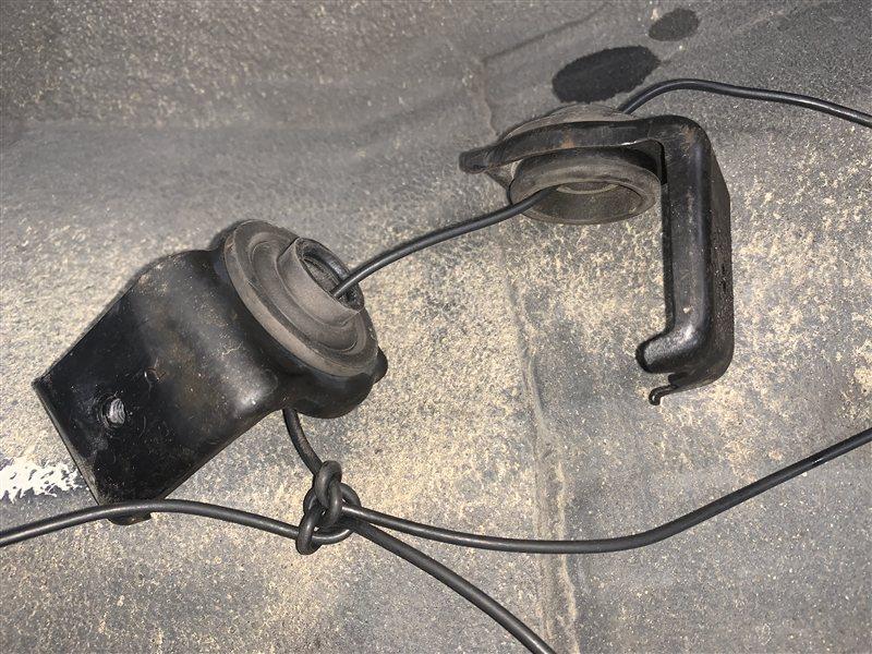 Крепление радиатора Suzuki Grand Vitara TD94W H27A 2006 (б/у)