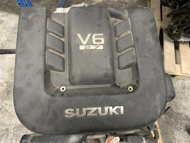Накладка декоративная Suzuki Grand Vitara TD94W H27A . J24B 2006 (б/у)