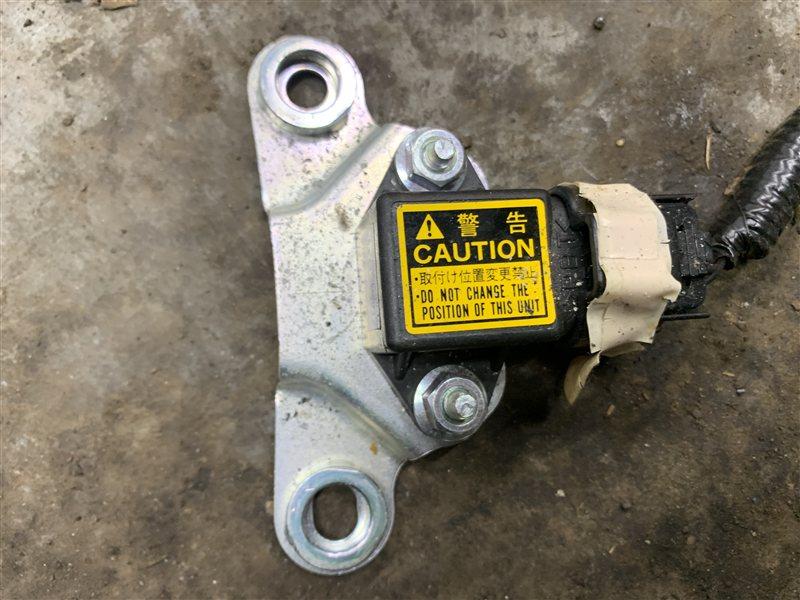 Датчик airbag Toyota Land Cruiser Prado 120 GRJ120-5034079 1GR-FE 2006 (б/у)