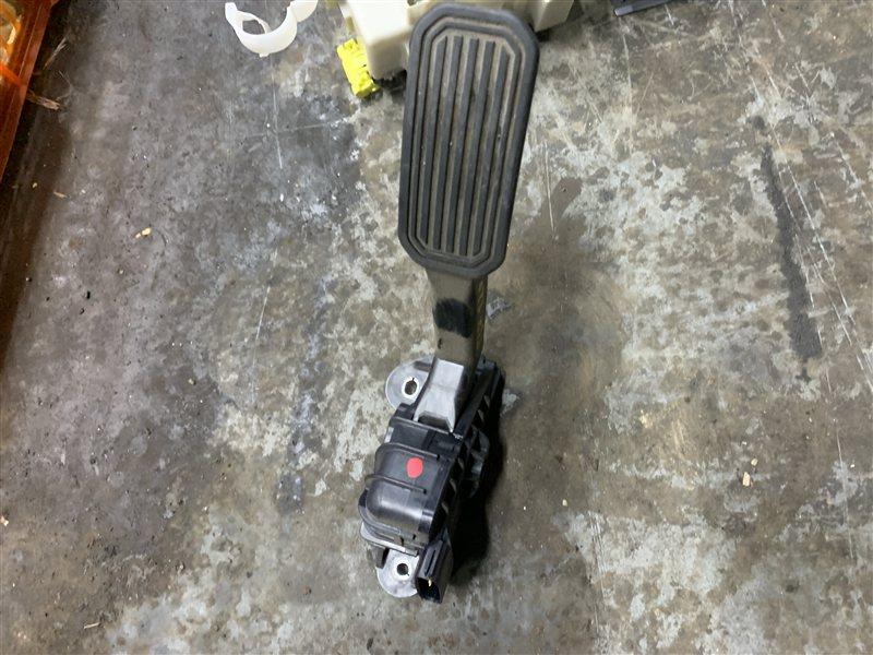 Педаль газа Toyota Land Cruiser Prado 120 GRJ120-5034079 1GR-FE 2006 (б/у)