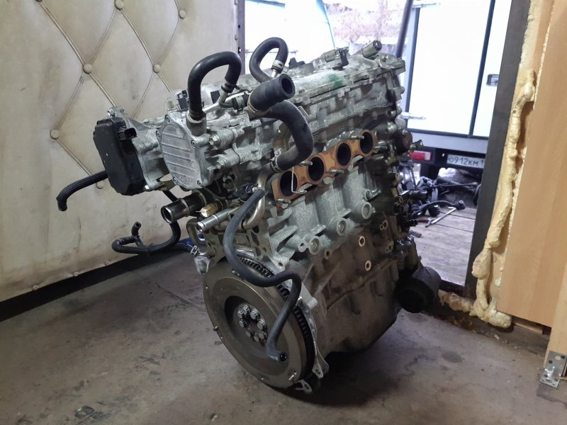 Двигатель Toyota Avensis Zrt271 ZRT271 2ZR-FAE 2008 (б/у)