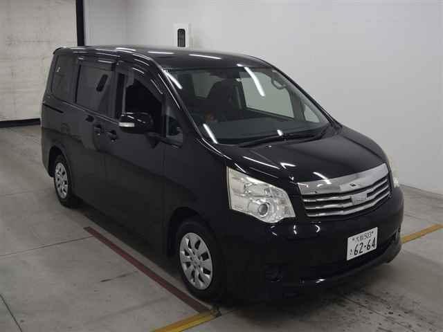 Авто на разбор Toyota Noah R70 DBA-ZRR70W 3ZR-FAE 2010 (б/у)
