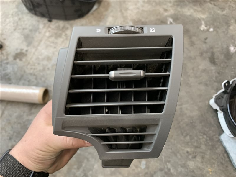 Дефлектор воздушный Toyota Camry 40 ACV40 2AZ-FE 2007 передний правый (б/у)
