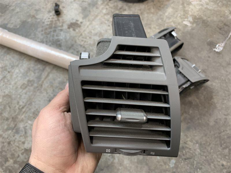 Дефлектор воздушный Toyota Camry 40 ACV40 2AZ-FE 2007 передний левый (б/у)