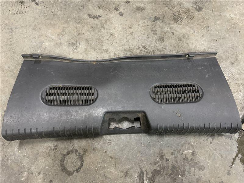 Обшивка панели задка Hyundai Solaris RB G4FC 2011 (б/у)