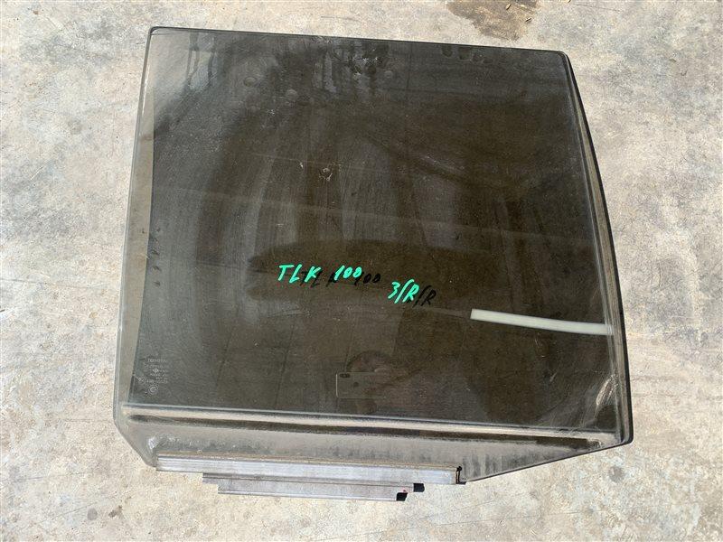 Стекло двери Toyota Land Cruiser 100 UZJ100 2UZ-FE 2002 заднее правое (б/у)