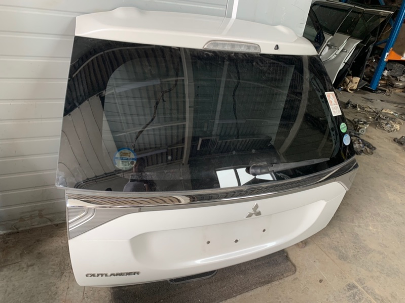 Крышка багажника Mitsubishi Outlander Gf GF3W 4J12 2012 (б/у)