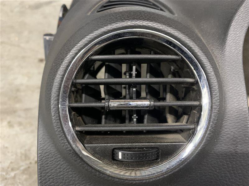 Дефлектор воздушный Opel Antara L07 A22DM 2013 левый (б/у)