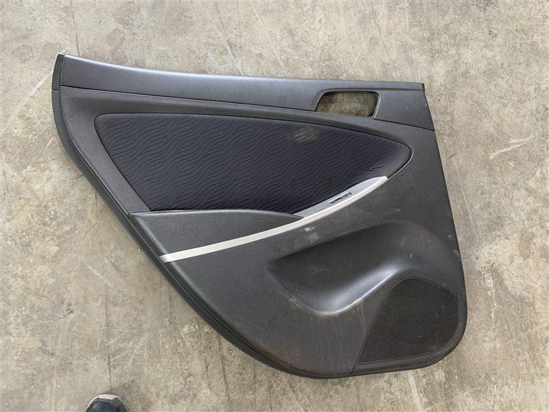 Обшивка двери Hyundai Solaris RB G4FC 2011 задняя левая (б/у)