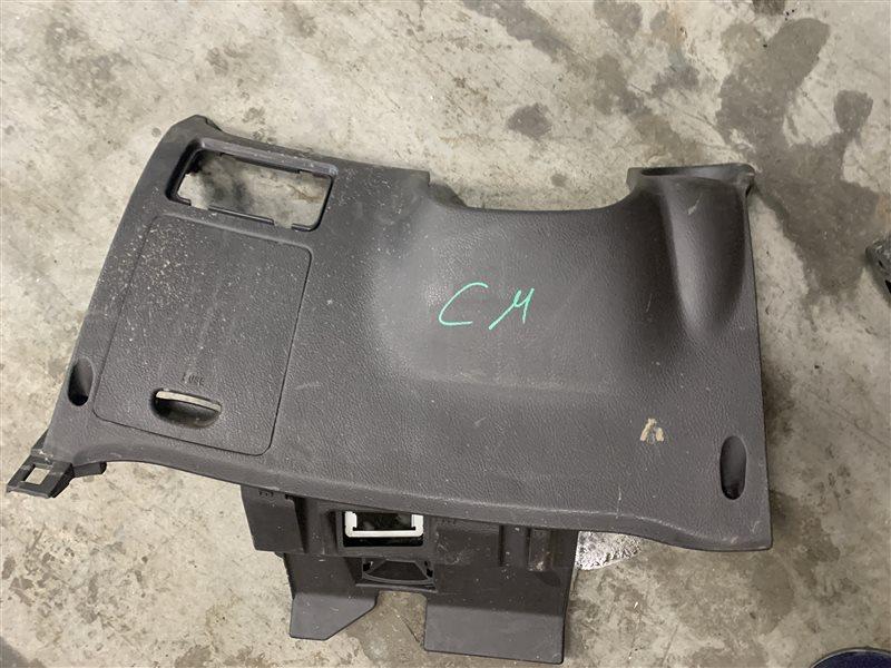 Накладка на торпедо (под колени водителя) Hyundai Santa Fe Cm CM G4KE 2011 (б/у)