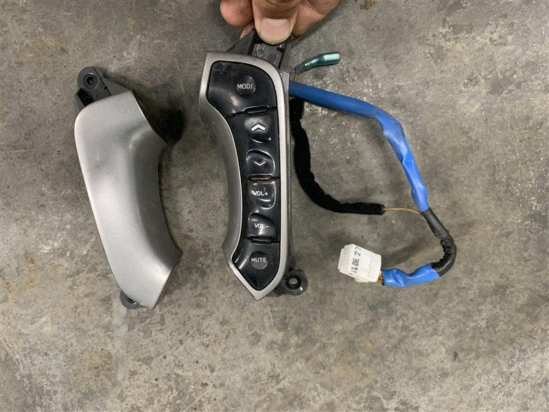 Кнопки на руль Hyundai Santa Fe Cm CM G4KE 2011 (б/у)