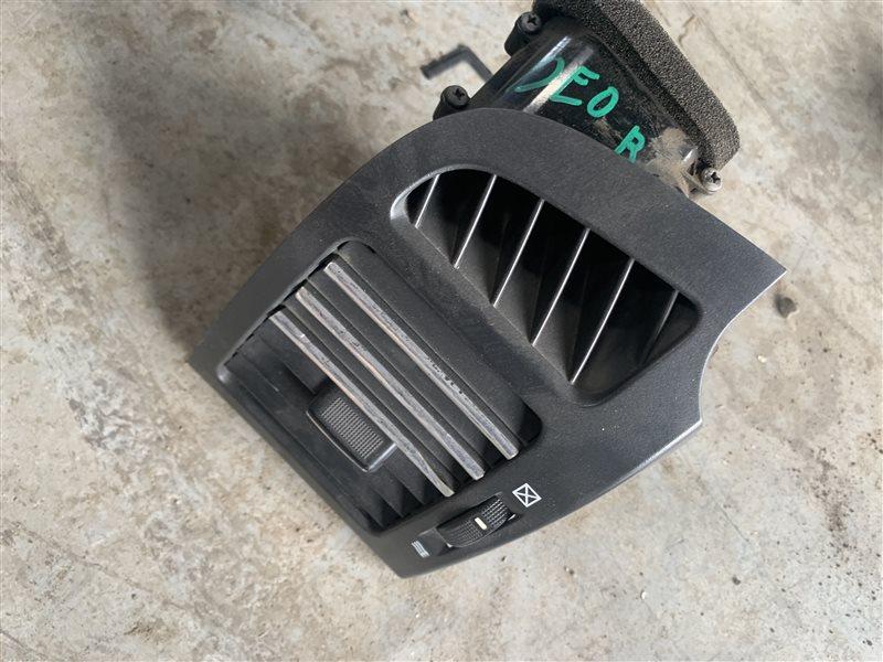 Дефлектор воздушный Chevrolet Captiva C100 C100 Z20S 2010 правый (б/у)