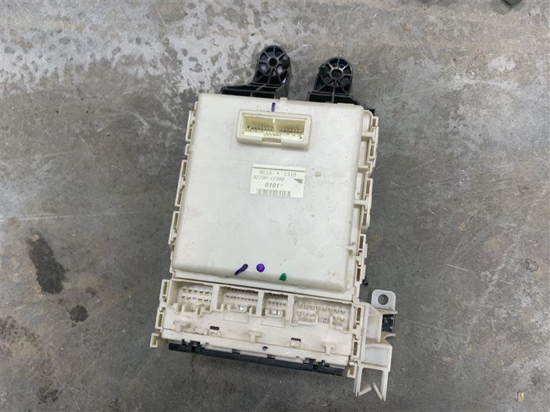 Блок предохранителей Toyota Corolla E150 E150 1ZR-FE 2008 (б/у)