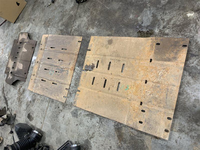 Защита двигателя Great Wall Hover H3 H3 4G63S4M 2011 (б/у)