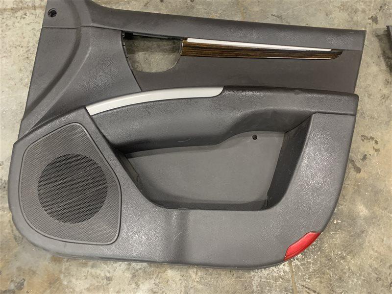 Обшивка двери Hyundai Santa Fe Cm CM G4KE 2010 передняя правая (б/у)