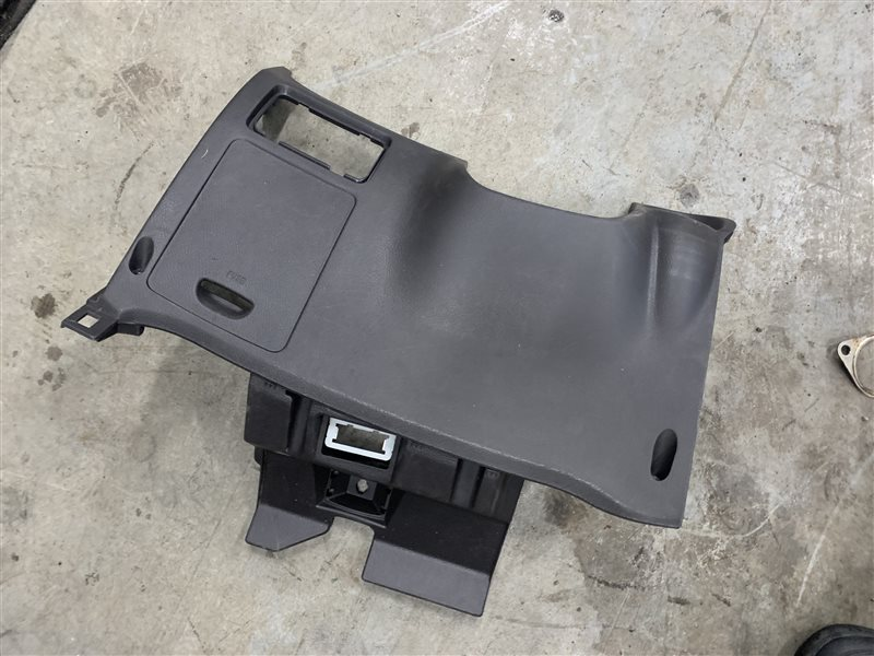Накладка торпедо Hyundai Santa Fe Cm CM G4KE 2010 нижняя (б/у)